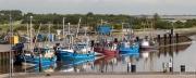 Fischkutter beim Eidersperrwerk an der Nordsee