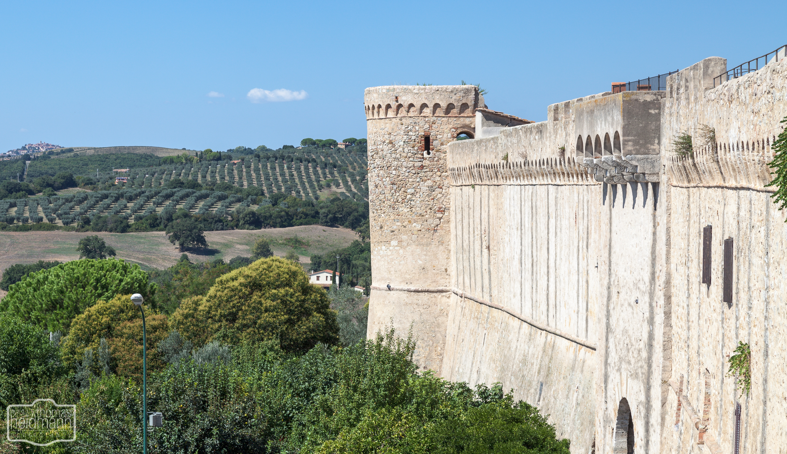 Stadtmauer von Magliano (Süd-Toskana)