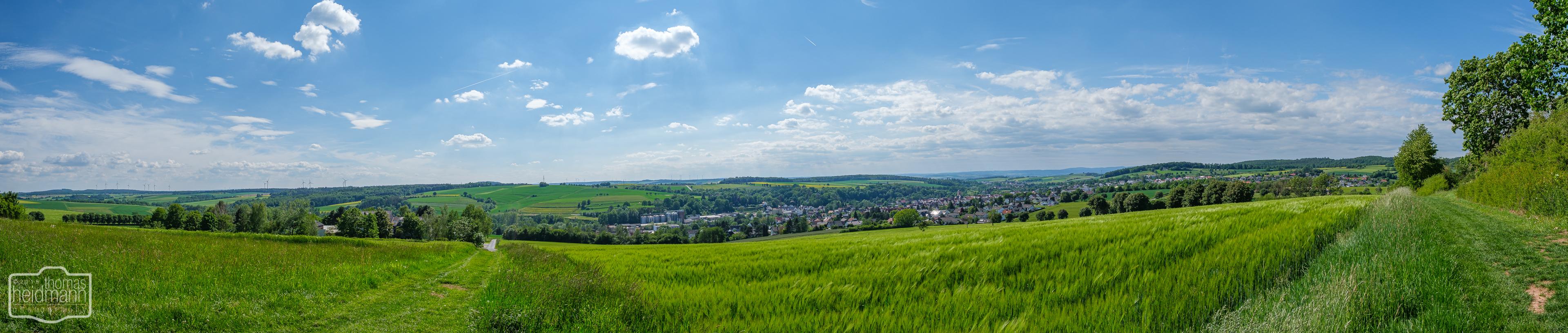 Blick auf Neukirchen im Knüllgebirge