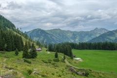 Wanderung zur Hirschgrubenalm und Modereggalm - Die Hirschgrubenalm